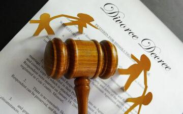 وکیل دادخواست خانواده کاشان