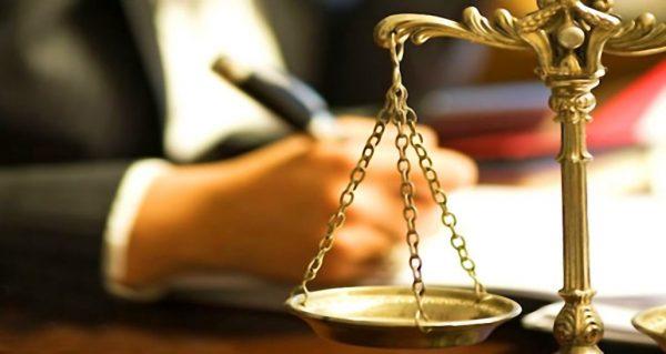 مزایا داشتن وکیل دیه چیست